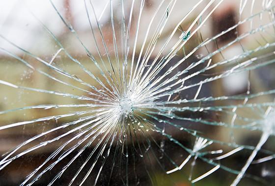 ガラスでの被害